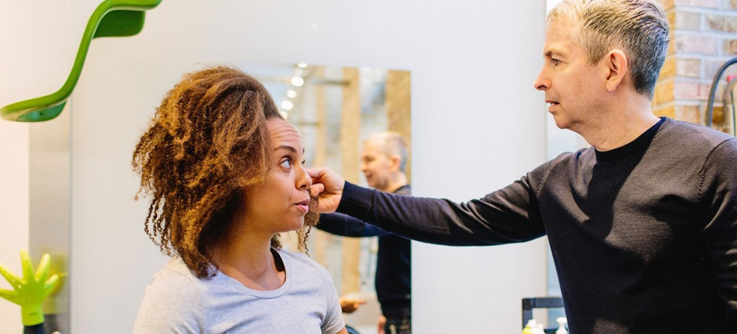 Top tips for transitioning to naturally curly hair